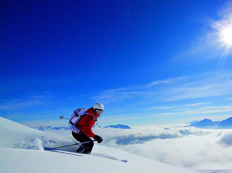 Österreich Bild im Zeichen des Skigebietes Heiligenblut
